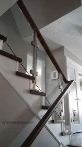 side view of contemporary glass railing